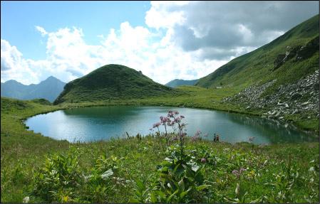 Laghetti di foppolo lago delle trote lago moro for Immagini di laghetti